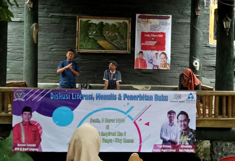 acara diskusi literasi Way Kanan