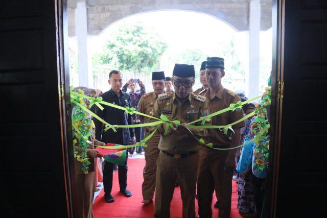 Raden Adipati Surya resmikan masjid baru di kampung tangkas, Kasui