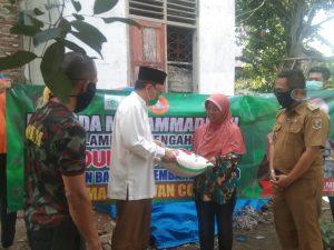 Aksi Kepedulian, Pemuda Muhammadiyah Lampung Tengah Bagi-Bagi Sembako