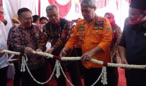 Kantor Cabang Pembantu Bank Lampung Kalirejo Diresmikan. Loekman DJ Potong Pita