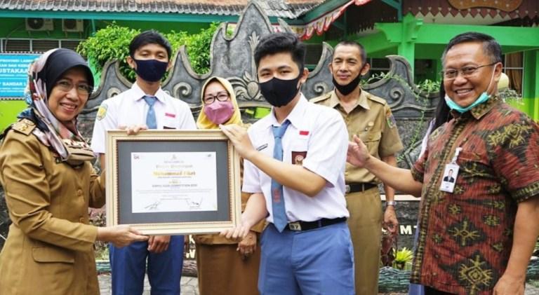 Dorong Mutu Pendidikan, Bank Lampung Beri Penghargaan Bagi Pelajar Berprestasi
