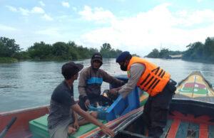 Jamin Keamanan, Polair Tulang Bawang Razia Wilayah Pesisir di Tuba