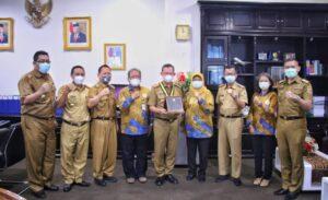Gubernur Lampung Raih Itera Adi Karsa Madya 2020