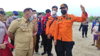 Terseret Ombak di Pantai Ketang, Dwi Santoso Masih Dalam Pencarian Tim SAR Gabungan
