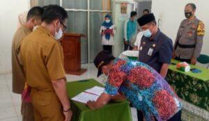 Camat Padang Cermin Pimpin Sertijab 5 Kades di Pesawaran