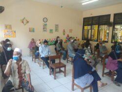 Edukasi Pentingnya Vaksinasi, Bikin Landai Penyebaran Covid-19 di Wilayah Kebon Baru
