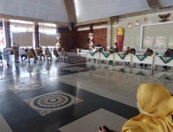 Jamin Ketersediaan Obat, Bupati Lampung Tengah Kumpulkan Pemilik Apotek, Toko Obat dan PBF di Nuwo Balak