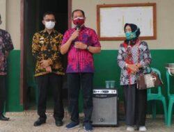 Wabup AM. Syafi'i Tinjau Vaksinasi Guru di Kecamatan Gisting