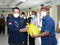 Bantu Masyarakat Terdampak Covid-19, Arinal Kasih Bantuan ke FKUB Lampung