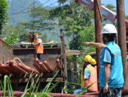 PLN Gelontorkan Rp 61 miliar Bangun Infrastruktur Kelistrikan 8 Desa di Tanggamus,Lampung